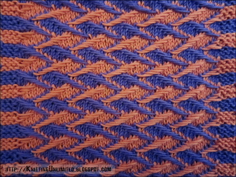 Zig-zag Jacquard Dishcloth (Right side) http://knittingunlimited.blogspot.com