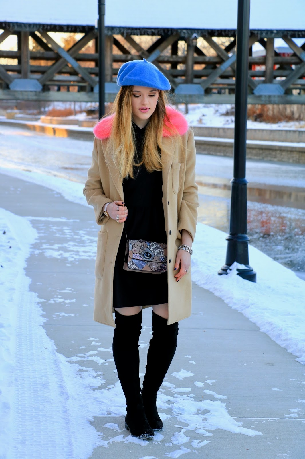 Nyc fashion blogger Kathleen Harper wearing a cute winter coat