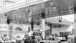 El mercado del GNC se encuentra en una situación complicada desde varios frentes, tras los últimos aumentos de precios. Tanto, que después de algunas reuniones entre los representantes de las cámaras que agrupan a empresarios del sector con funcionarios del ministerio de Energía, pidieron una reunión con el propio Juan José Aranguren para tratar el tema. Sucede que el mercado atraviesa un momento complejo luego de los incrementos en los precios del gas y la electricidad, que perjudicaron tanto a usuarios como a empresarios del sector.