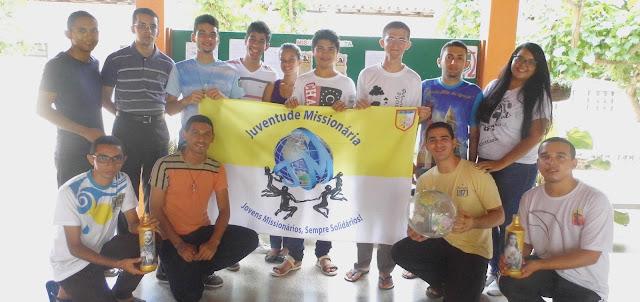 Jovens missionários se encontram com seminaristas do Piauí