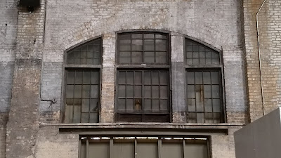 pullman windows