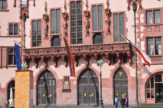Frankfurt Romer Details