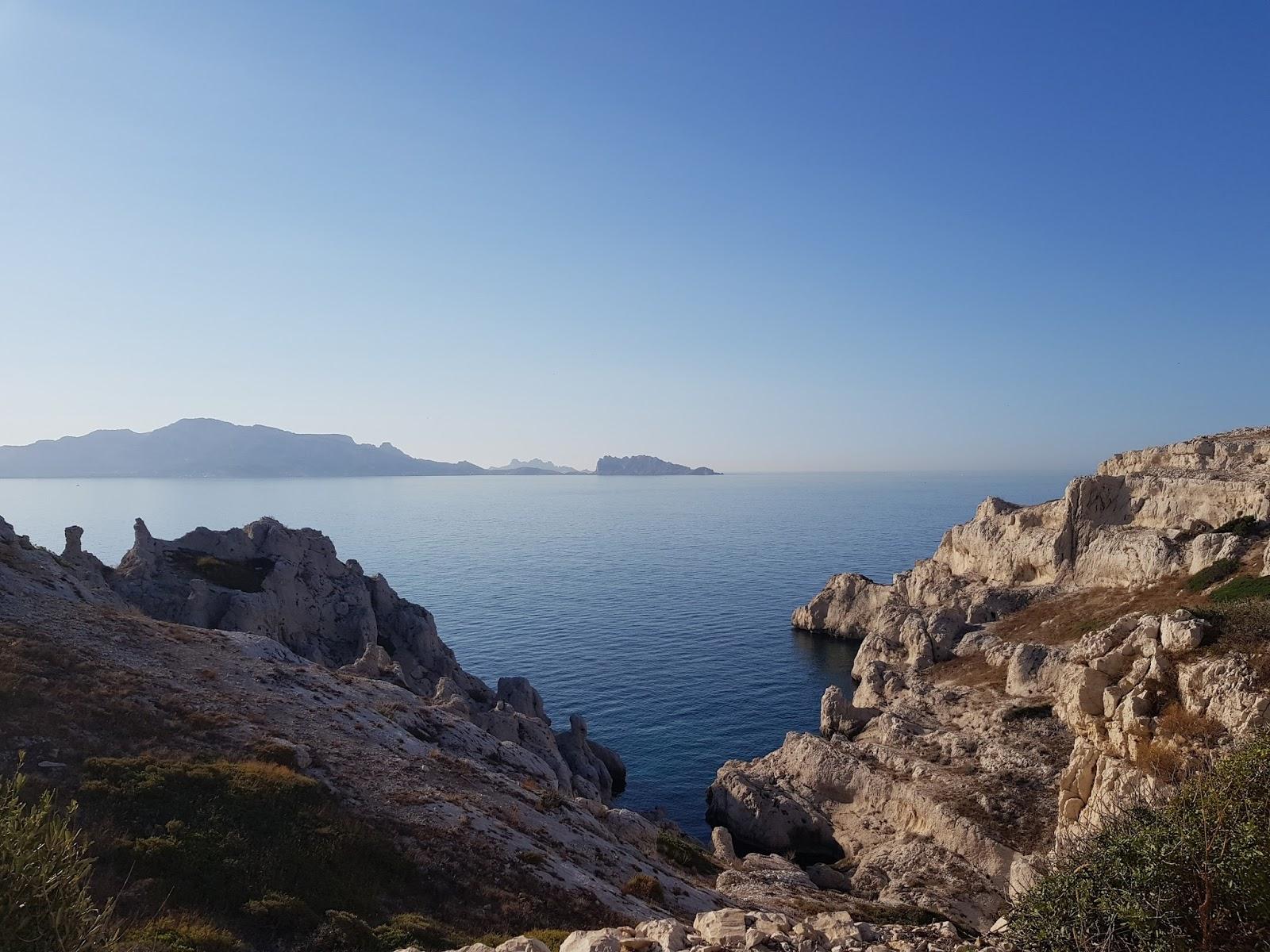 paysage de Montagne des iles Frioul a Marseille