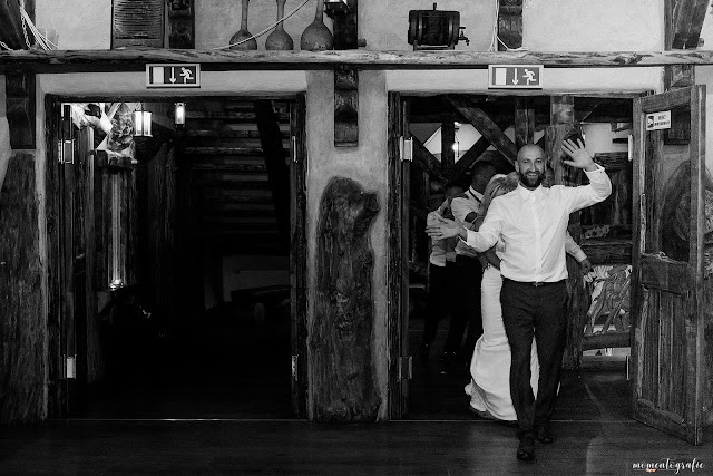 fotografia ślubna Bukowno, fotograf ślubny małopolska, fotograf ślubny śląsk, fotografia ślubna Dąbrowa Górnicza, sala weselna, sala na ślub, dj white vinyl, am films, fotograf na ślub, szukam fotografa na ślub Bukowno; szukam fotografa na ślub Olkusz; szukam fotografa na ślub Jaworzno; szukam fotografa na ślub Dąbrowa Górnicza; szukam fotografa na ślub Sosnowiec; szukam fotografa na ślub 2017; szukam fotografa na ślub 2018, tani fotograf na ślub Bukowno; szukam fotografa na ślub Bukowno; tani fotograf na ślub Bukowno; tani fotograf na ślub Jaworzno; tani fotograf na ślub Dąbrowa Górnicza;plener ślubny, plenerowe sesje zdjęciowe, zdjęcia w kościele, fotograf na wesele, fotografia ślubna 2017, fotografia ślubna 2018, przygotowania panny młodej, ślub kościelny, biorę ślub, ślub 2018, ślub 2017 śląsk, fotograf na śluby 2018, fotografia okolicznosciowa; fotograf na ślub; fotografia ślubna; fotograf dziecięcy; fotografia noworodkowa; fotografia rodzinna; zdjęcia rodzinne; fotograf Olkusz; fotograf Bukowno; fotografia dziecięca Bukowno; fotografia dziecięca Olkusz; fotografia dziecięca Dąbrowa Górnicza