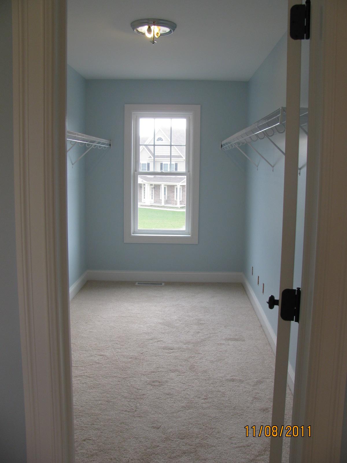 Smokey Blue Bedroom: Nit's News: Done