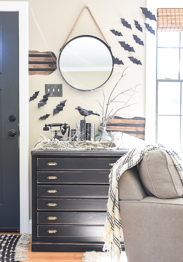 Halloween entryway, DIY Halloween ideas, Thrifty Halloween decorating