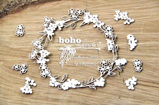 http://www.aubergedesloisirs.com/bois/2116-petite-couronne-fleurs-boho-love-scrapiniec-france.html