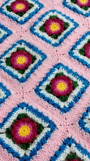 Lydia crochet blanket crochetkari