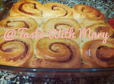 http://cookingandtaste.blogspot.com.es/2016/02/sticky-bunns.html