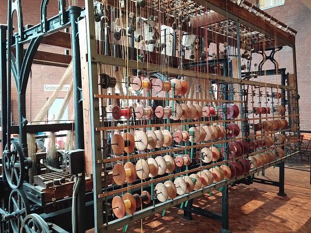 Jacquard Loom, webstuhl, Ribbon weaving, Puppilalla, mechanised weaving
