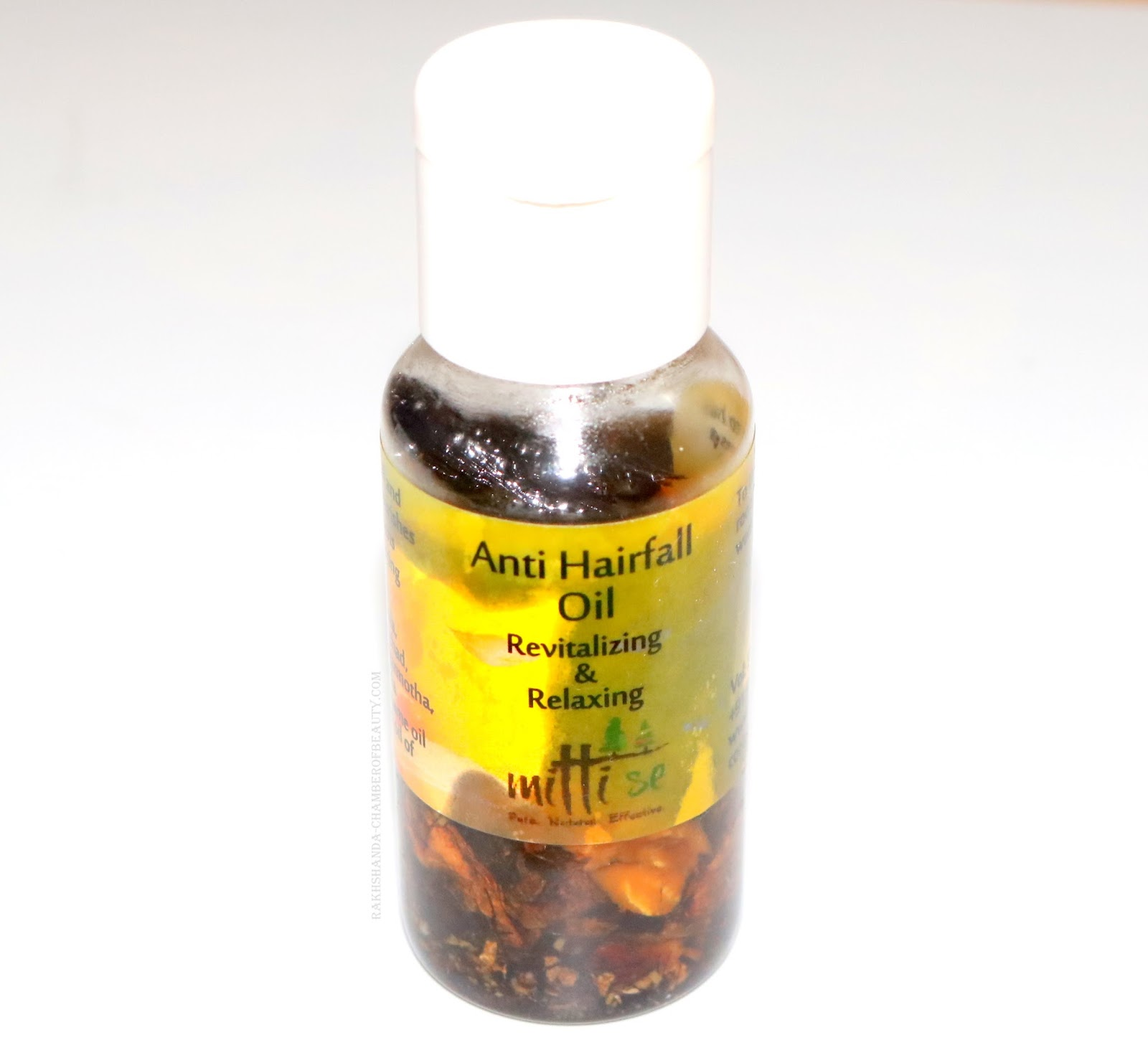 www.rakhshanda-chamberofbeauty.com/Mitti Se Anti Hair fall oil review and price/Indian beauty blogger