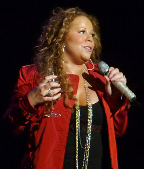 The Sizzling Mess: YOU... Mariah Carey Merry Christmas
