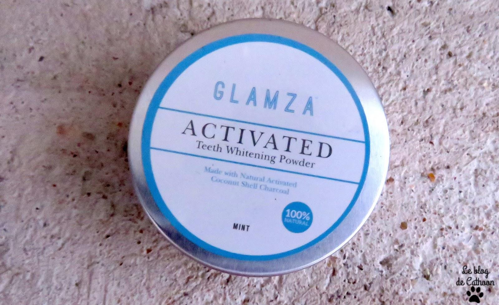 poudre de blanchiment dentaire au charbon actif de Glamza