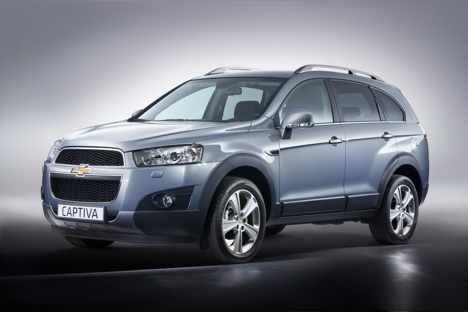 Chevrolet Captiva Cars Prices, Wallpaper, Specs Review