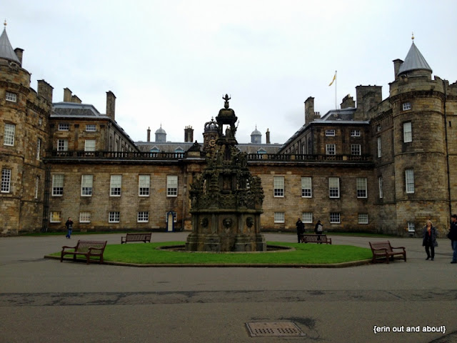 {ErinOutandAbout} Palace of Holyroodhouse