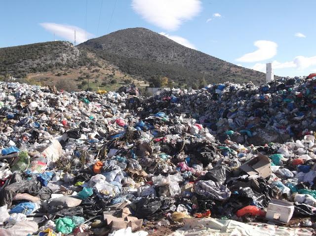 """Στα """"κάγκελα"""" δήμαρχοι της Πελοποννήσου για τα σκουπίδια"""