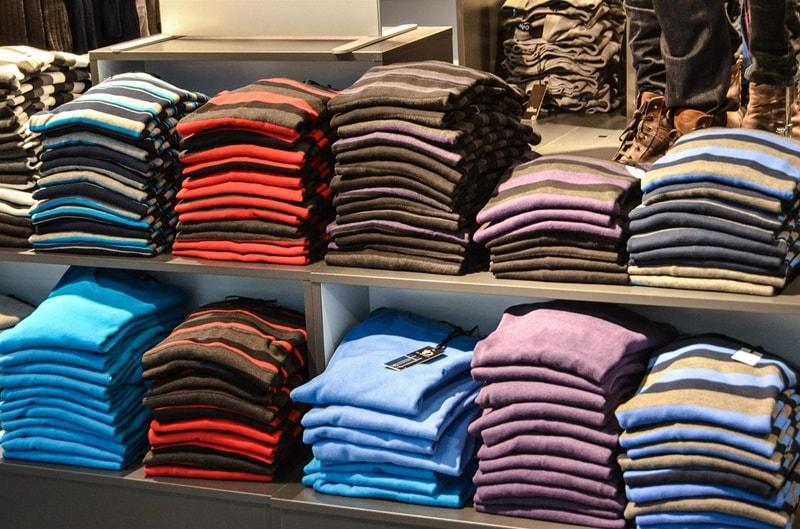 ขายเสื้อผ้าออนไลน์