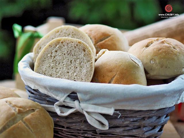 Pikantne bułki pszenno-żytnie