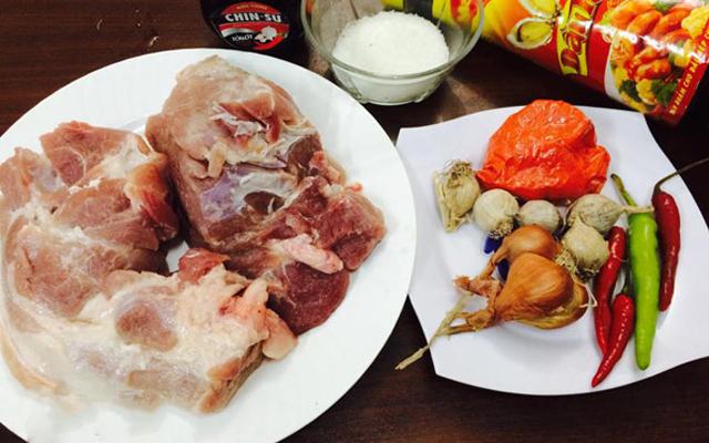 Cách làm thịt xá xíu thơm ngon hấp dẫn như nhà hàng hạng sang