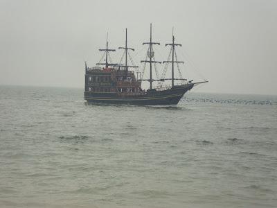 Barco Pirata na Praia de Laranjeiras