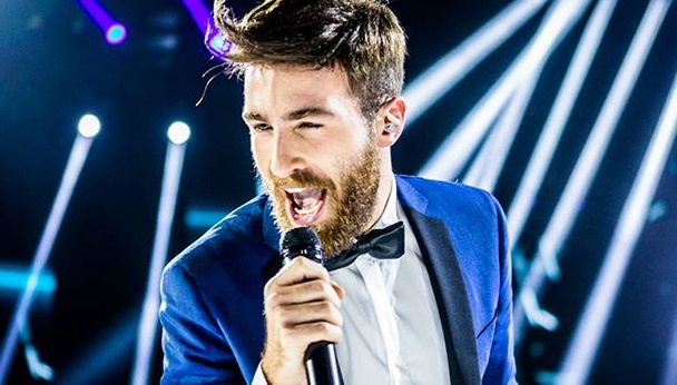 "Il vincitore di X Factor 2017 è Lorenzo Licitra con ""In The Name of Love"" 