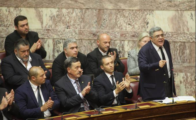 """""""Το Παρόν"""": Η πιο ρεαλιστική αγόρευση στη Βουλή ήταν του κ. Νίκου Μιχαλολιάκου"""