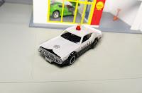 tomica skyline c110 police car kenmeri