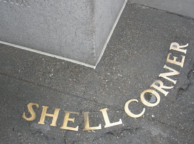 San Francisco City Guides Art Deco Walking Tour - Shell Corner