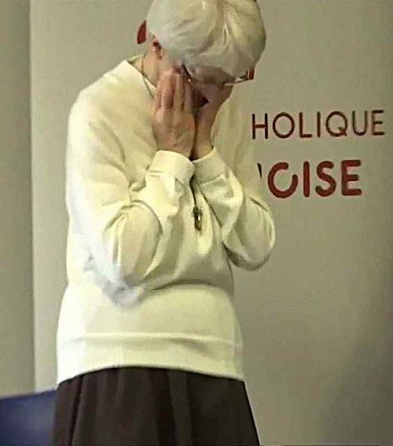 A irmã Bernadette Moriau emocionada pelo acontecido.