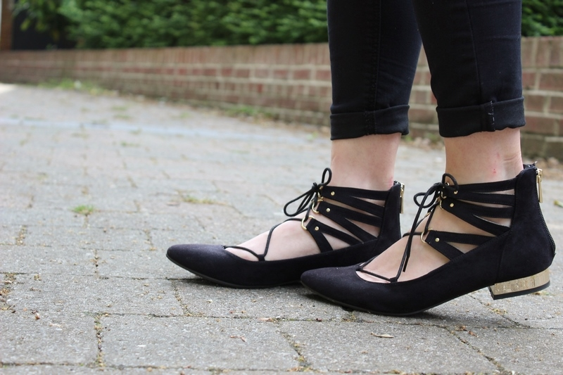 ballerines-pointues-lacets