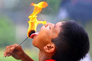 Debus tradisi unik dari Banten