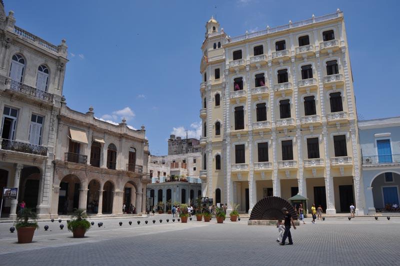 Centro de Arte La Casona, Cuba