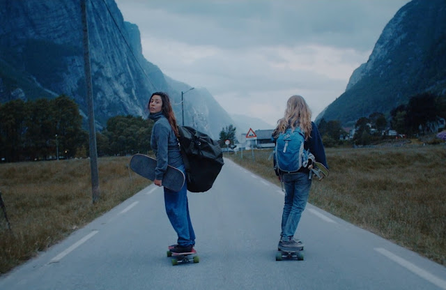 Ishtar X Tussilago | Longboard Downhill Aktion in Norwegen