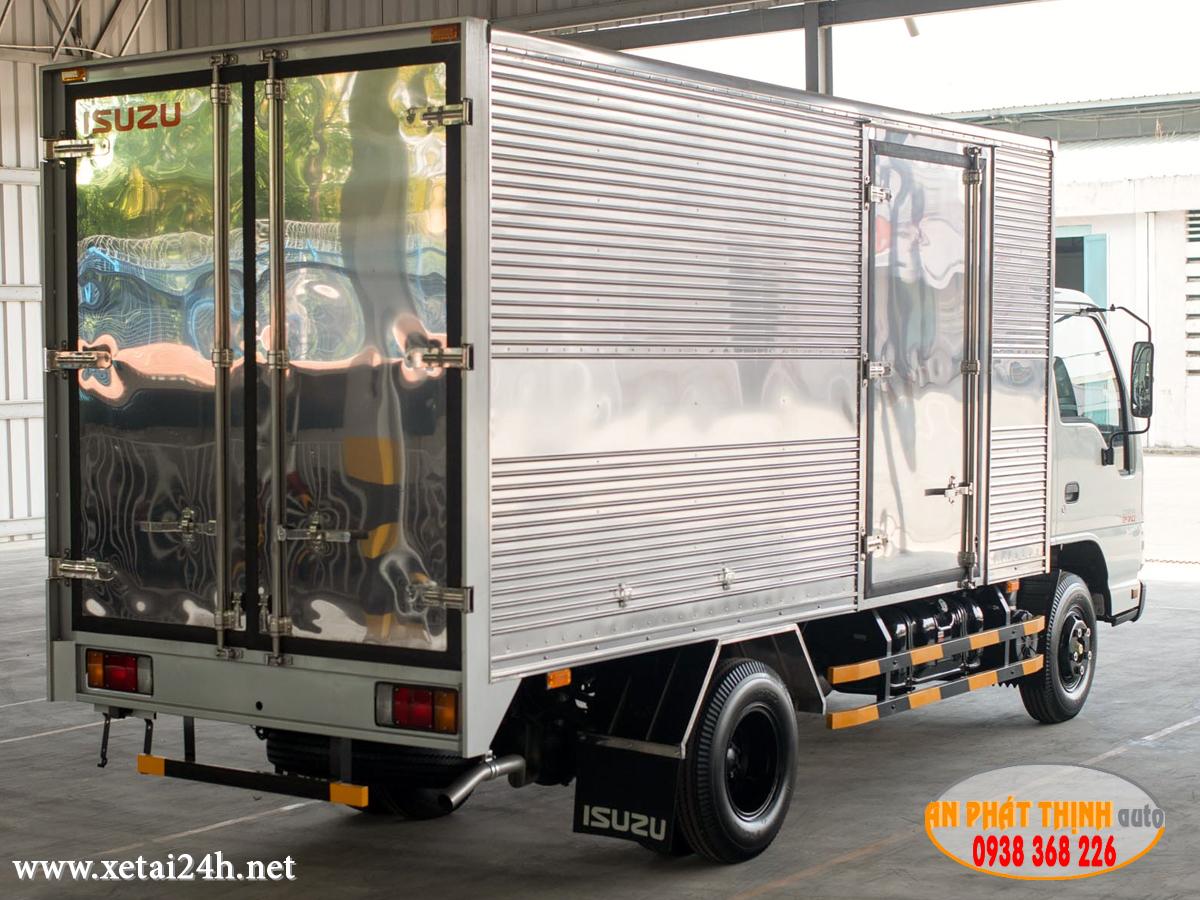 xe tải ISUZU QKR77HE4 thùng dài tải trọng 2t - 2t5