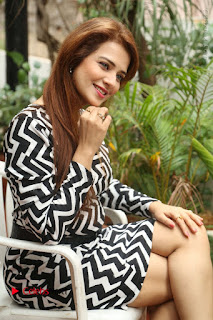 Actress Saloni Latest Pos in Short Dress  0203.JPG
