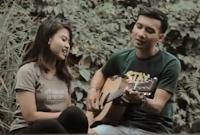Lirik Lagu Bali Harmonia Feat. Rusmina Dewi - Sehidup Semati