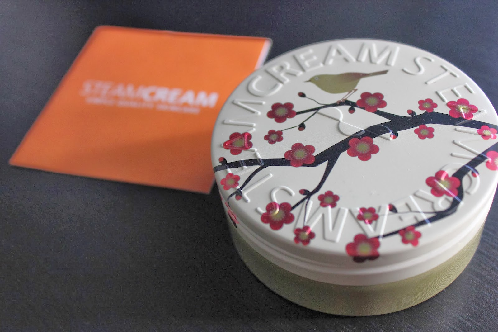STEAMCREAM Ume ni Uguisu