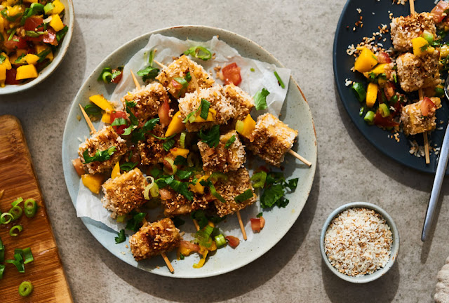 COCONUT CRUSTED TEMPEH SKEWERS WITH MANGO SALSA