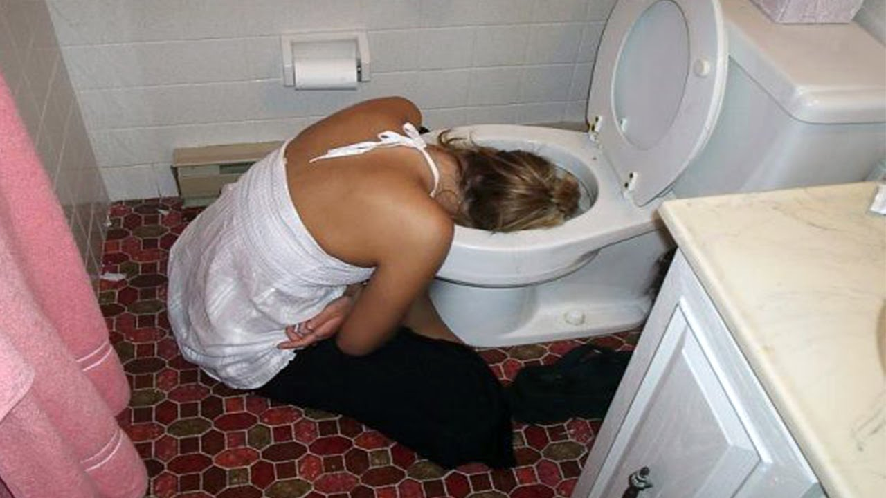 Русские пьяные бабы фото, Пьяные голые девушки на фото - обнаженные 15 фотография