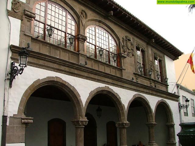 El Ayuntamiento de Santa Cruz de La Palma avisa a los vecinos de que no deben abandonar sus casas por fumigación