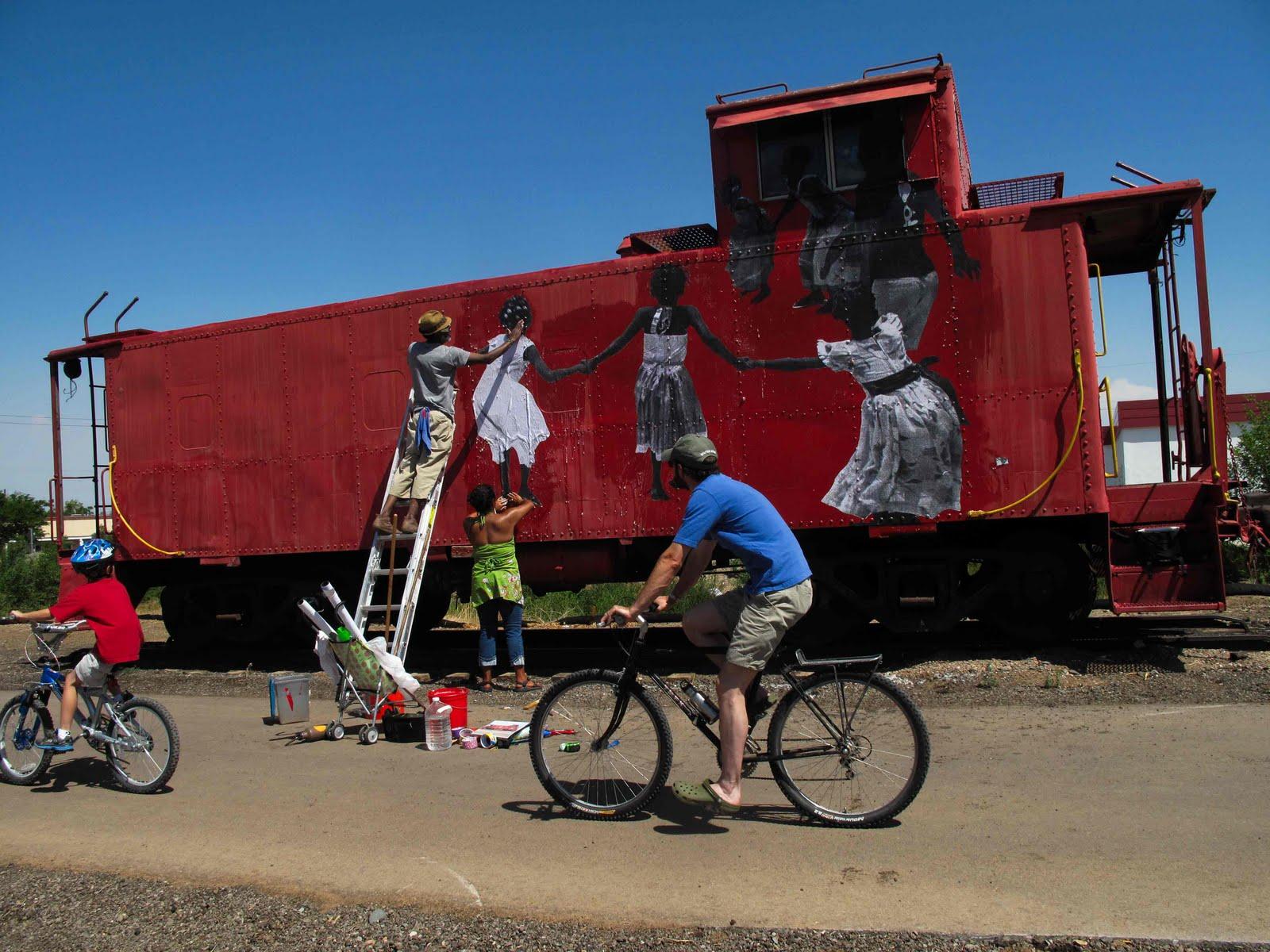 Yo Mama Love Train Santa Fe