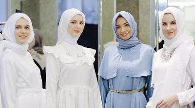 Dress Putih untuk Acara Spesial di Bulan Ramadan