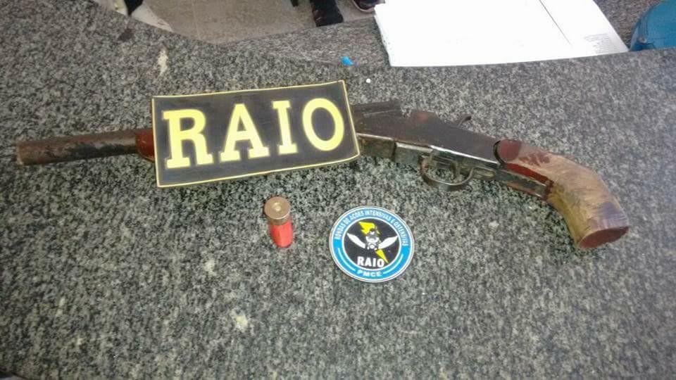quatro-elementos-sao-presos-acusado-de-assaltos-em-Russas