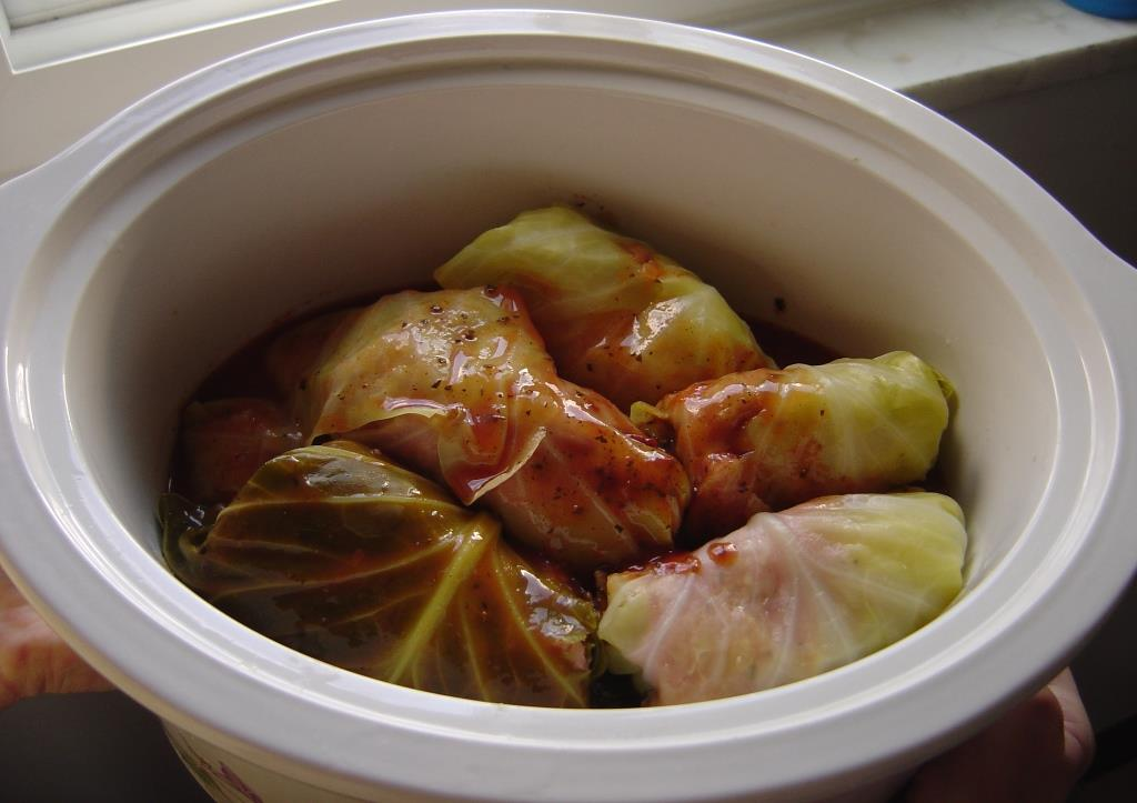 Stuffed Cabbage Rolls in crock pot