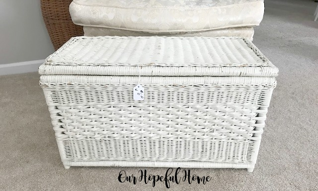 vintage white wicker lidded trunk