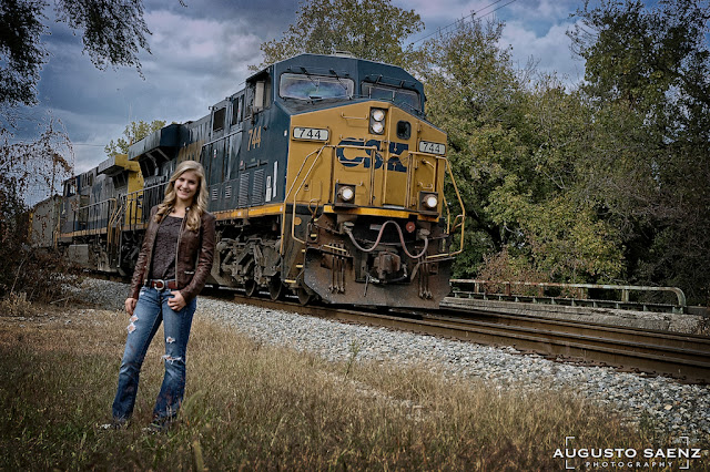 Senior Picture of Girl with Train on the Background Columbus, OH