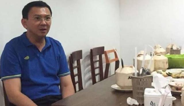 Ironi Keadilan, Koordinator 313 Ditangkap, Sementara Ahok Asik Makan-makan