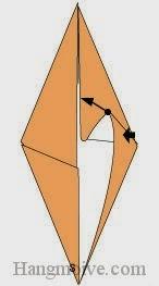 Bước 5: Gấp hai cạnh giấy xuống dưới.