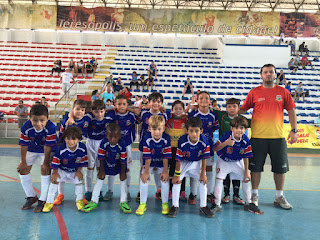 Time Sub-9 de Teresópolis: campeão da partida com goleada de 6x2
