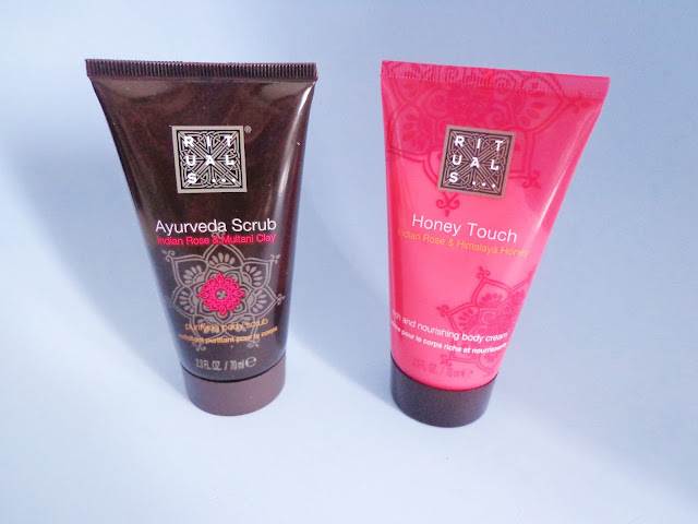 rituals-ayurveda scrub-honey-touch